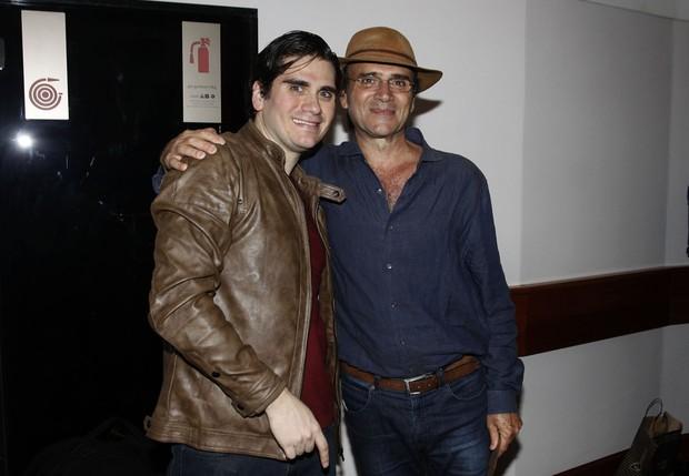 Gabriel Sater e Almir Sater (Foto: Celso Tavares/ EGO)