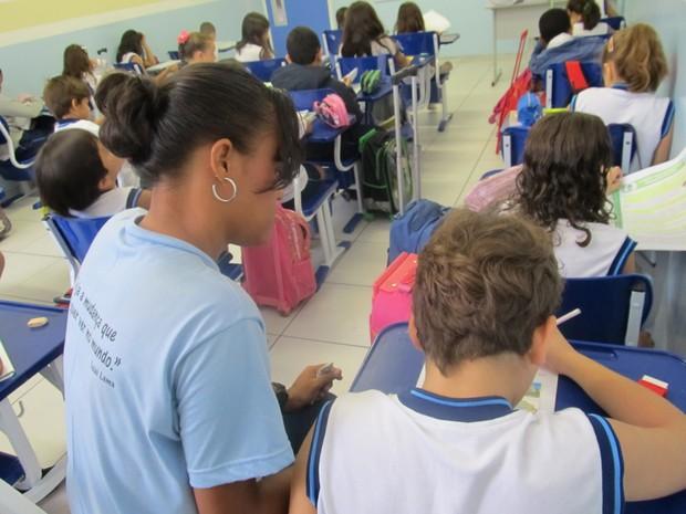 Alunos especiais em escolas regulares