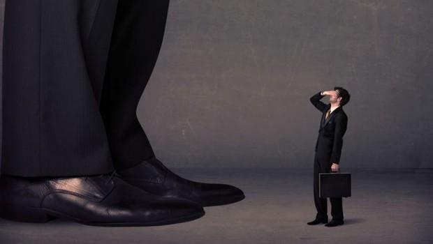 Carreira ; chefe ; como se livrar do chefe ; fim dos gerentes ; hierarquia ; sentimento de inferioridade ;  (Foto: Thinkstock)