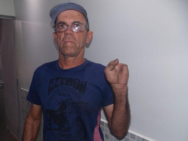 Neivaldo Oliveira, de 59 anos (Foto: Henrique Mendes / G1)