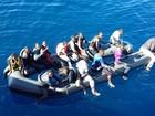 Barco com imigrantes que saiu do Marrocos naufraga rumo à Espanha