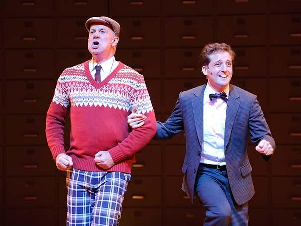 O musical mostra o sucesso de um empregado que quer ter sucesso sem ter que trabalhar (Foto: Marcos Mesquita)