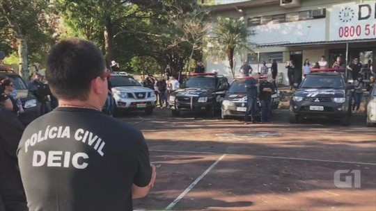 Policiais fazem 'sirenaço' em homenagem a colega morto em operação contra o tráfico em Gravataí