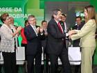Graça Foster assume presidência da Petrobras e promete continuidade