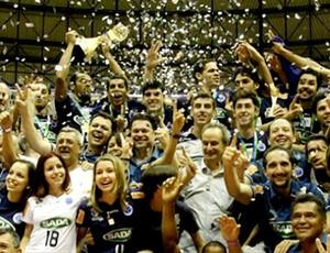 Cruzeiro conquista o Sul-Americano de vôlei no Chile (Foto: Divulgação / Facebook)