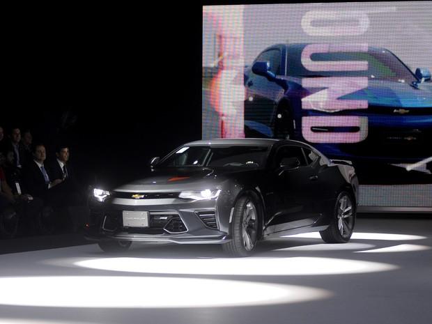 A Chevrolet apresenta o novo Camaro no Salão do Automóvel de São Paulo 2016 (Foto: Alan Morici/G1)