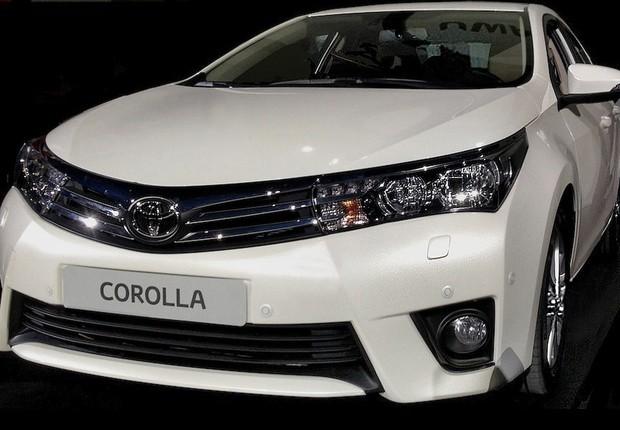 Foto de suposto novo Toyota Corolla revelaria linhas da nova geração do sedã (Foto: Reprodução)