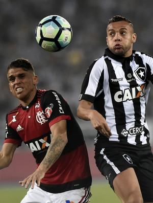 Cuellar Botafogo x Flamengo Copa do Brasil Nilton Santos (Foto: André Durão )