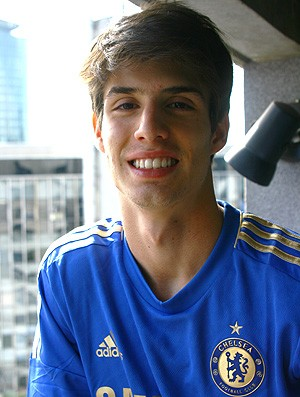PIAZON NOVA CAMISA DO CHELSEA (Foto: Tomires Ribeiro / Divulga&#231;&#227;o)