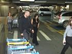Veja fotos de Kim Kardashian chegando ao Brasil