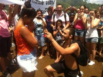Turistas aplaudiram e comemoraram o 'sim' (Foto: Arquivo pessoal)