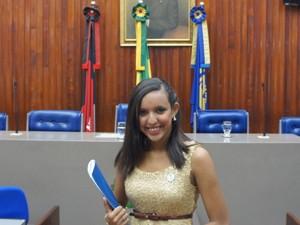 A presidente da Assembleia Legislativa Mirim, Daiara Guimarães, pretende seguir carreira política (Foto: André Resende/G1)