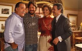 Tony Ramos visita Patrícia Pillar e Cassio Gabus Mendes no estúdio