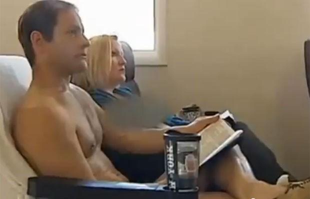 Igreja permite que os fiéis acompanhem nus o culto (Foto: Reprodução/YouTube/Valentine Odika)
