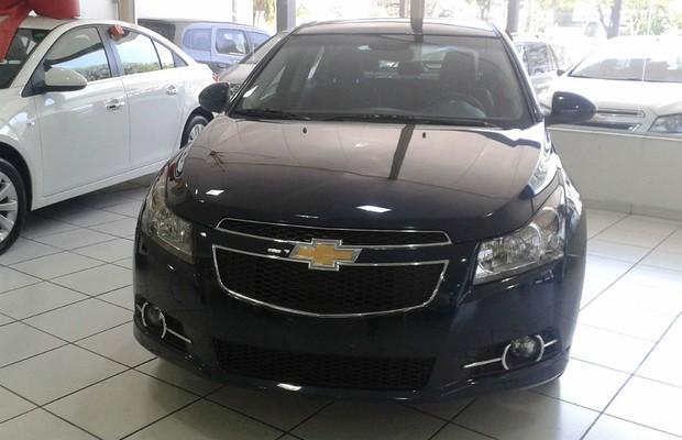 Chevrolet Cruze Sport6 nas lojas (Foto: Divulgação)