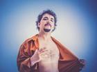 Allan Carvalho faz show de lançamento de seu primeiro disco