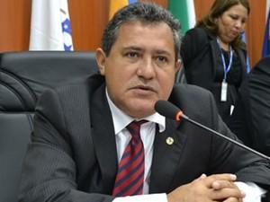 O presidente da ALE-RR Chico Guerra garante ter mandado documentos para órgãos de controle (Foto: Secom/ ALE Platão Arantes)