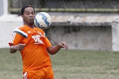 Ronaldinho treino Fluminense (Foto:  UANDERSON FERNANDES - Agência Estado)