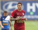 Guerrero erra finalizações em treino  e é criticado pela imprensa peruana