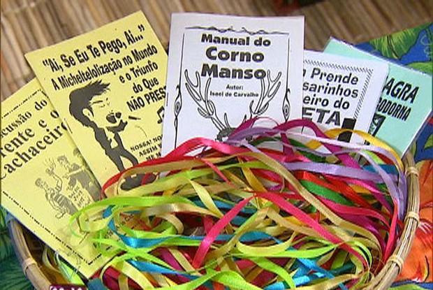 Literatura de cordel: decoração do jantar nordestino de Getúlio (Foto: Mais Você / TV Globo)