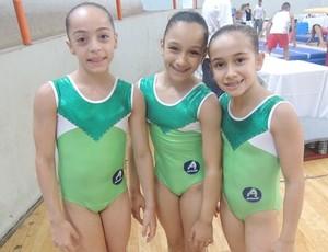 Júlia, Anna Júlia e Carolina: promessas para ginástica goiana (Foto: Fernanda Borges/Globoesporte.com)