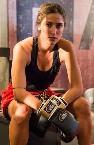 Maria Joana será Nat, uma lutadora durona da Khan (Foto: Ellen Soares / Divulgação / TV Globo)
