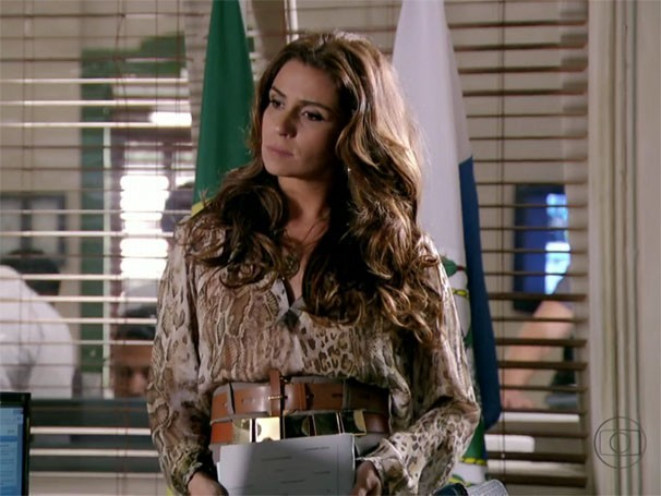 Giovanna Antonelli usa dois cintos em 'Salve Jorge' (Foto: Reprodução)