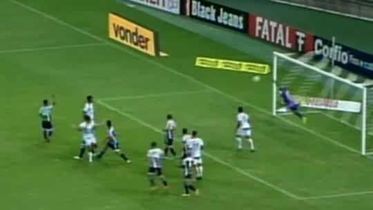 """""""Não pode vacilar lá atrás"""", reclama Pedro Ken após empate em casa com Luverdense"""