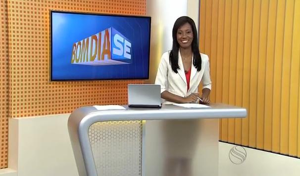 Maristela Niz apresenta o Bom Dia Sergipe desta sexta-feira, 27 (Foto: Divulgação / TV Sergipe)