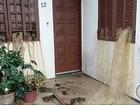 Deslizamento de terra interdita condomínio em Caraguatatuba, SP