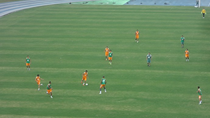 Fluminense - treino no Mangueirão (Foto: Kaio Rodrigues)