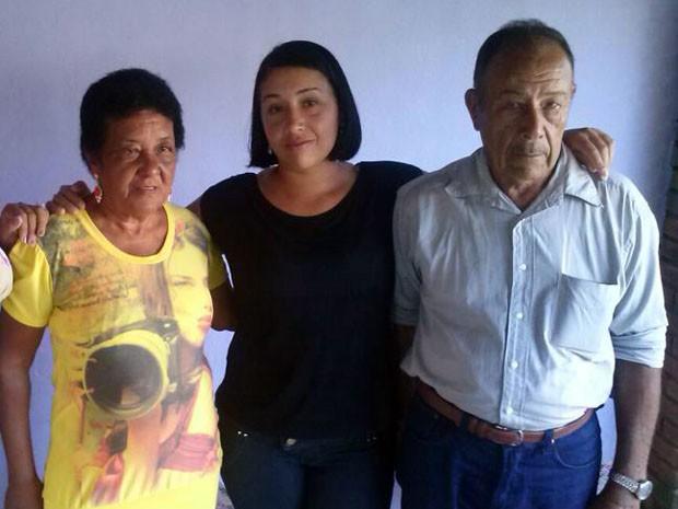 Depois de 33 anos, mulher descobre quem são seus pais biológicos (Foto: Denise Correa/Arquivo Pessoal)