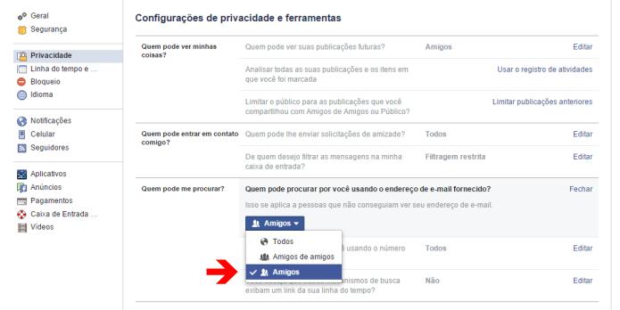 Configurando a privacidade do endereço de e-mail no Facebook (Foto: Reprodução/Lívia Dâmaso)