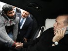 Presidente turco convence homem a desistir de se suicidar