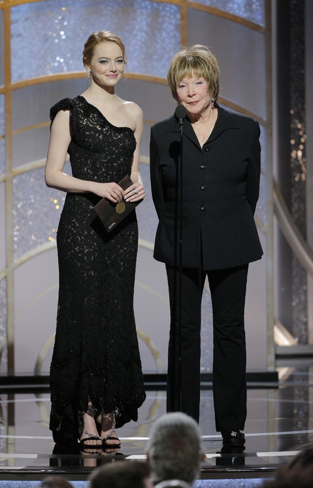 Emma Stone e Shirley MacLaine (Foto: Getty Images)