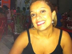 A analista de RH de Taubaté, Daniela Toti, embarca para a Califórnia neste sábado (18).  (Foto: Arquivo Pessoal/ Daniela Toti)