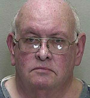 Robert Purdon foi acusado de mostrar a genitália para um policial em um parque (Foto: Divulgação/Marion County Jail )