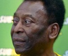 Pelé é operado para retirar pedras dos rins (Thiago Benevenutte)