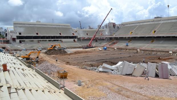 Obra na Arena da Baixada, estádio do Atlético-PR, no dia 14 de janeiro (Foto: Divulgação/Site oficial do Atlético-PR)