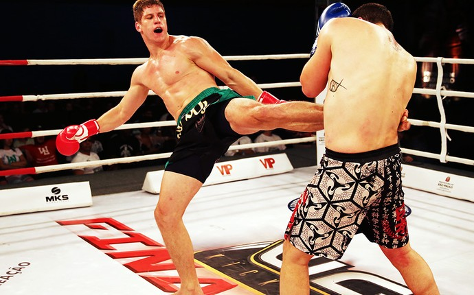 Felipe micheletti luta kickboxing (Foto: Divulgação/João da Hora)
