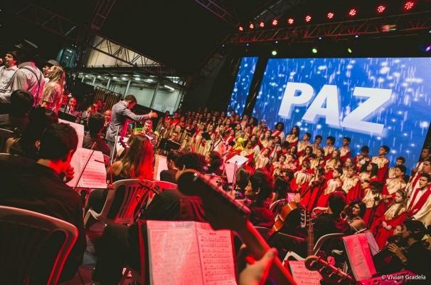 Temporada 2014 do Vozes de Natal encantou as famílias da região (Foto: Marketing/TV TEM)