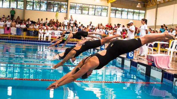 Natação nos Jogos Abertos de Bauru de 2012 (Foto: Wilian Olivato / Divulgação / Prefeitura de Bauru)