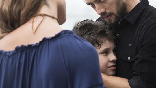 Felipe reencontra Alex e Melissa