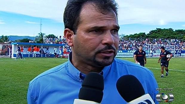 Henry Lauar - técnico - goianésia (Foto: Reprodução/TV Anhanguera)