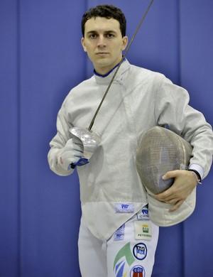 No Rio, Renzo Agresta conquistou oitavo título brasileiro no sabre (Foto: Divulgação)