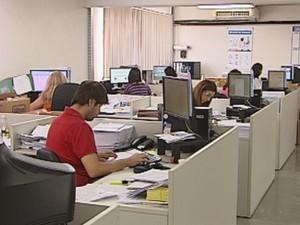 Setor de serviços está em alta no Centro-Oeste Paulista  (Foto: reprodução/ TV TEM)