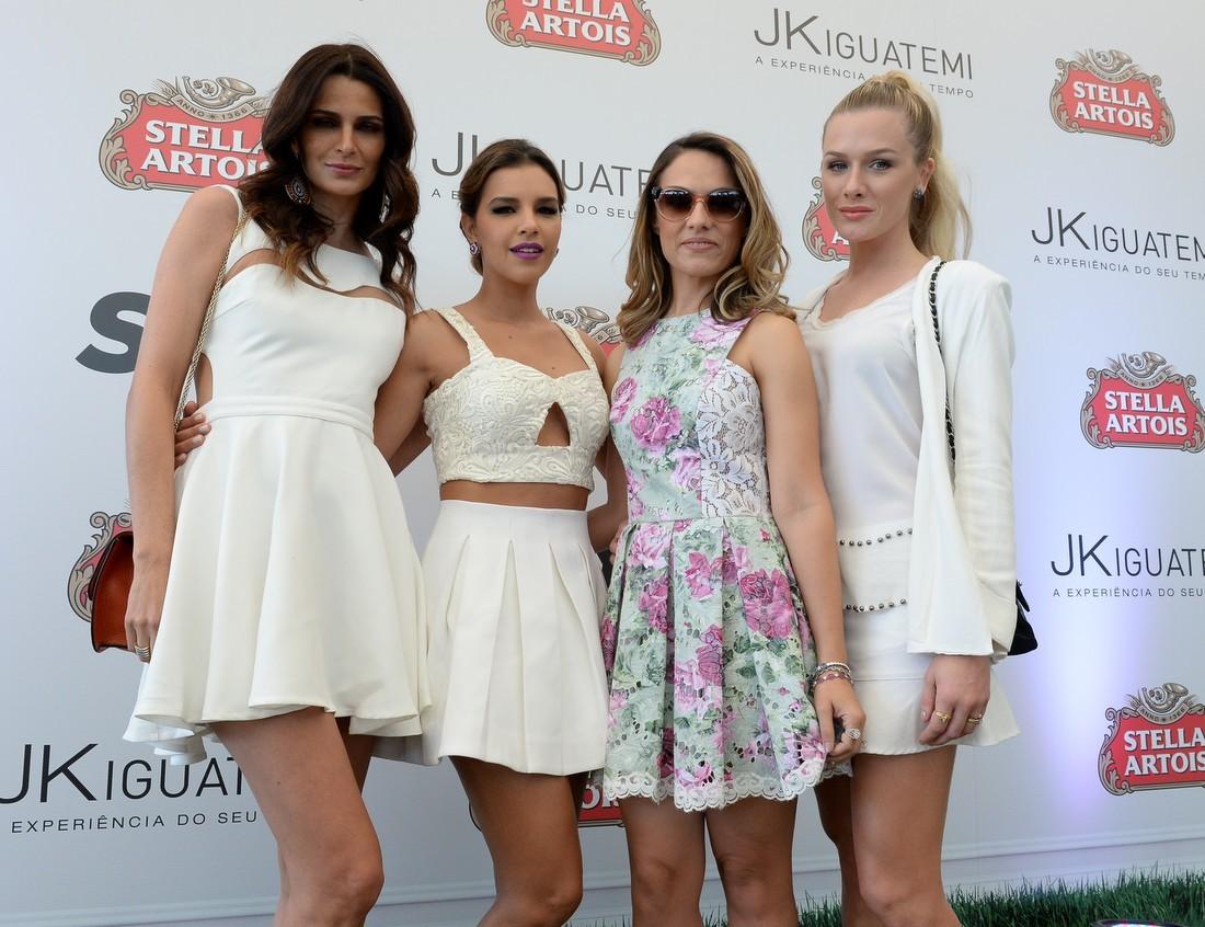 Fernanda Mota, Patrícia Bonaldi, Mariana Rios e Fiorella Mattheis (Foto: Francisco Cepeda / AGNews)