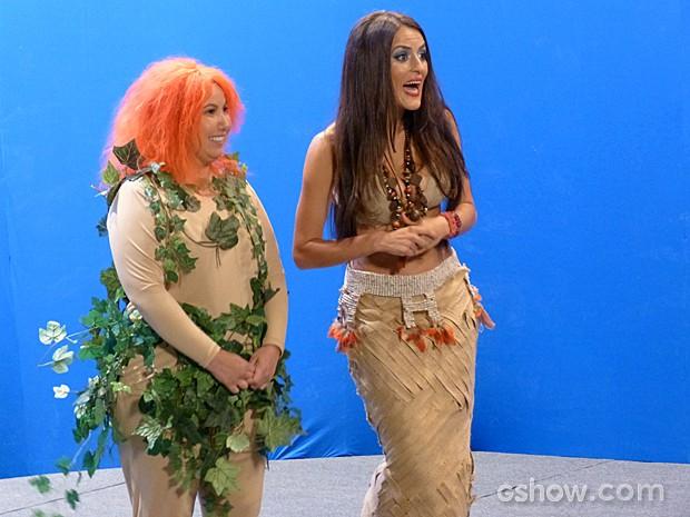 Selma e Rita fazem um show que não agrada muito o diretor (Foto: Além do Horizonte/TV Globo)
