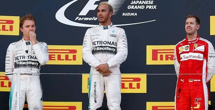 Lewis Hamilton Nico Rosberg Sebastian Vettel GP do Japão pódio Fórmula 1 2015 (Foto: Getty Images)