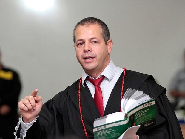 Promotor foi o primeiro a argumentar no segundo dia de júri (Foto: Assessoria/TJMT)